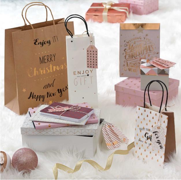 Come confezionare pacchi dono perfetti