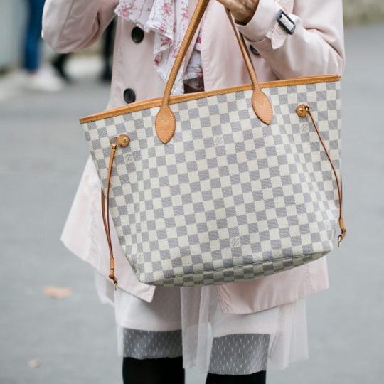 La tote bag: la borsa indispensabile per noi mamme