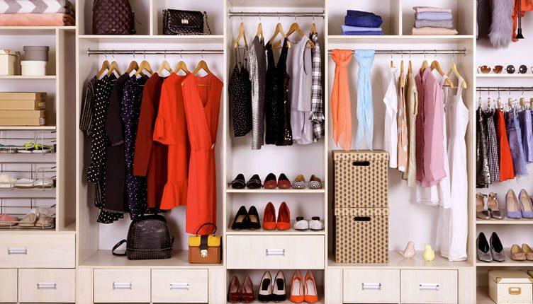 armadio organizzato
