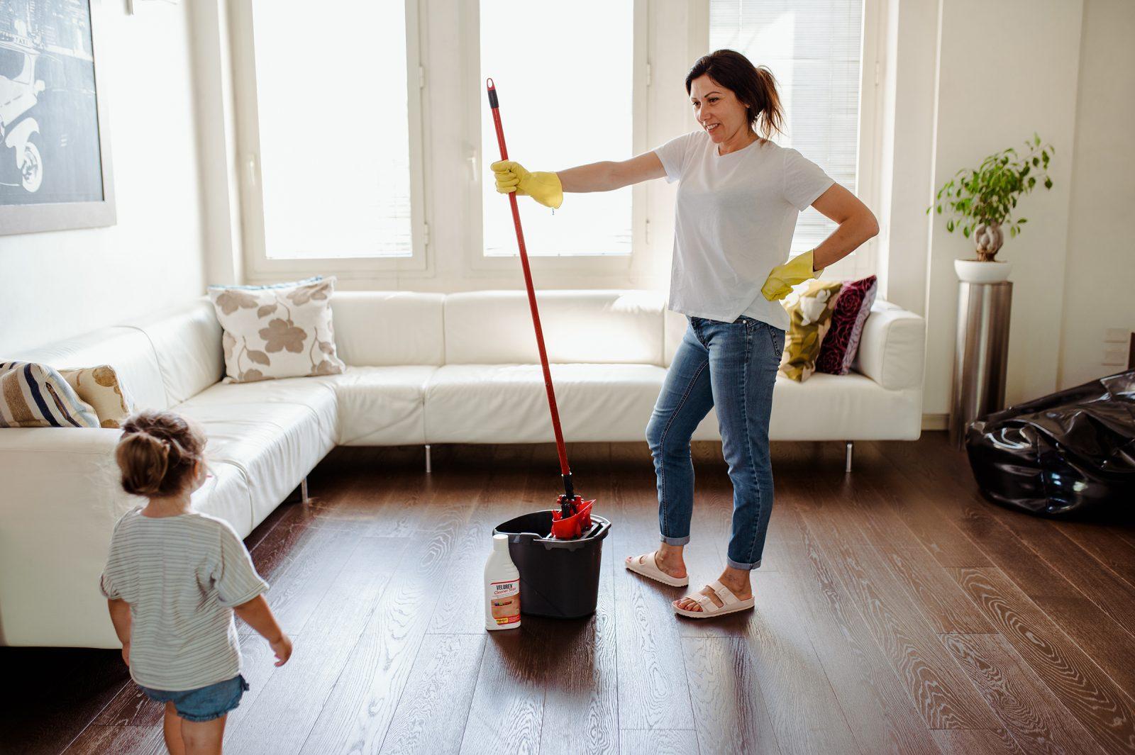 Come pulire il pavimento in legno Ricominciodaquattro