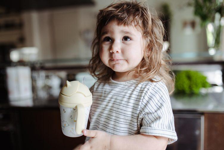 Idratazione in estate. 3 consigli semplici per idratare i bambini d'estate