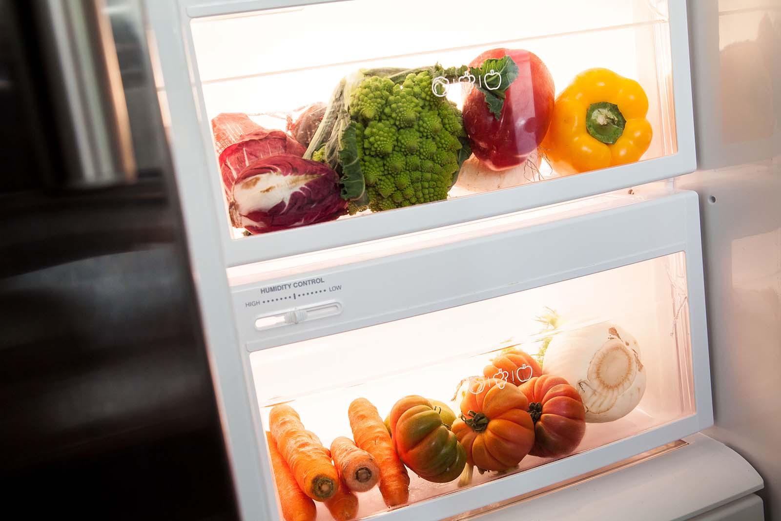 Come pulire il frigorifero e come riempirlo correttamente